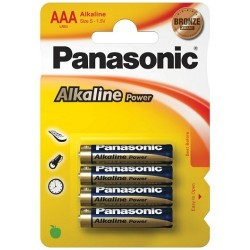 4 AAA ALKALINE PANASONIC BATTERIES